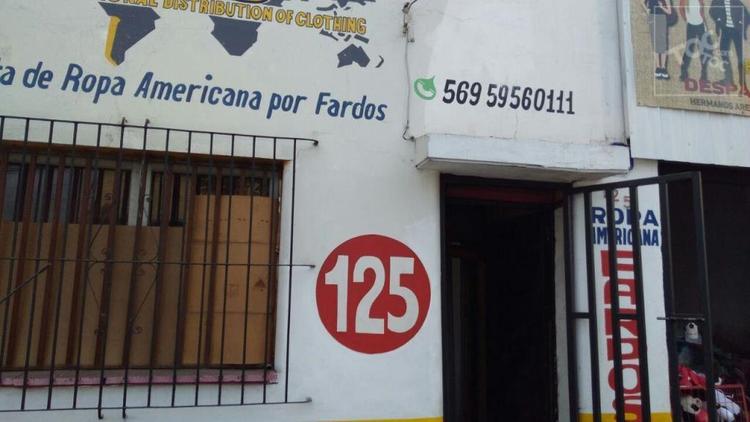 Local con patente comercial ubicado en sector privilegiado de Estación Central, a una cuadra del Mall plaza alameda, a pasos de Avenida, metros y terminales de buses