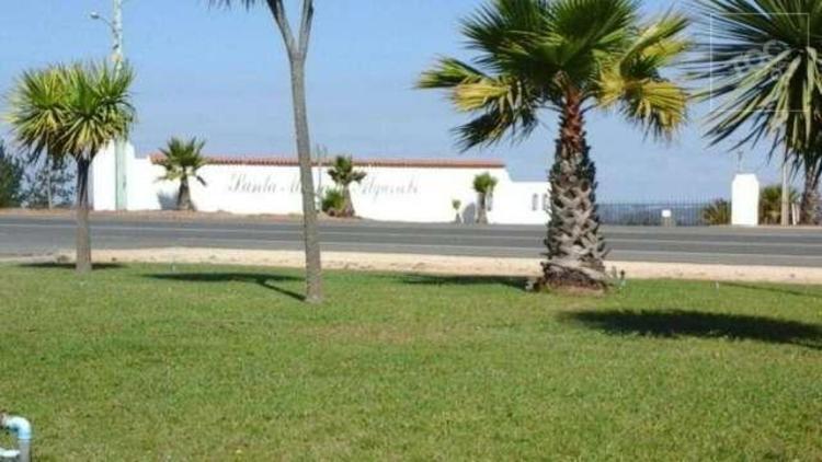 Oportunidad parcela plana primera linea en Santa Maria de algarrobo