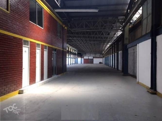 QTA NORMAL, GALPON INDUSTRIAL, SUP 1.500 M2