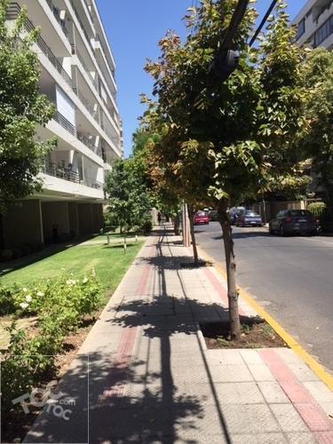 Avenida Pedro de Valdivia/Biarritz