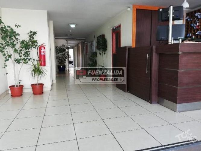 Metro Rondizzoni - Aldunate / Pedro Lagos