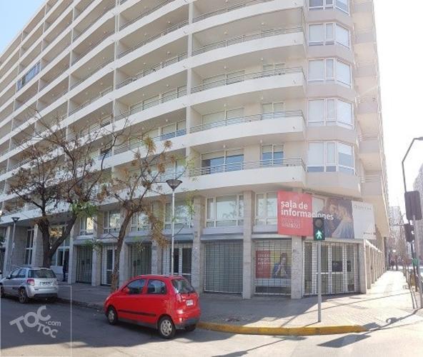 Se arrienda cómodo departamento en Eyzaguirre 819, Santiago