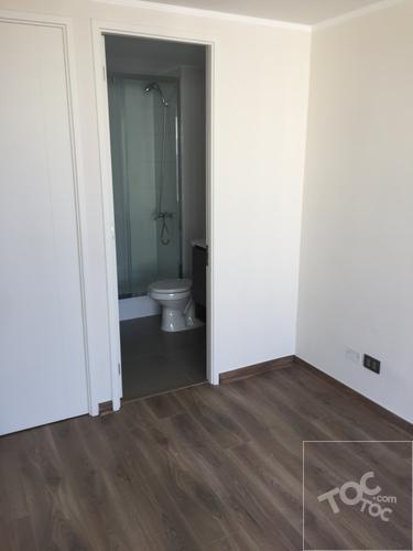 Departamento Nuevo, Sin Uso, 2 Ambientes,1 Dormitorio con Baño en Suite.